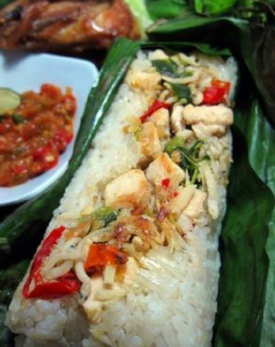 Cooking Recipes Grilled Brown Rice filled With Spicy Basil Chicken Specials